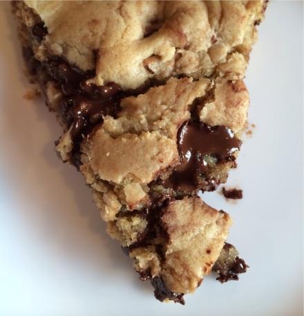 skillet cookie | EatWIthAJ.com